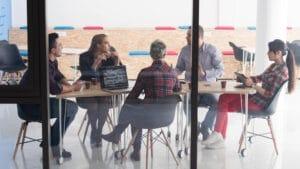 מצגת עסקית שתכיל בתוכה את 14 השקופיות הבאות תסייע בקבלת הכסף מהמשקיע
